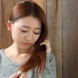 女性の抜け毛は1日平均どのくらい?