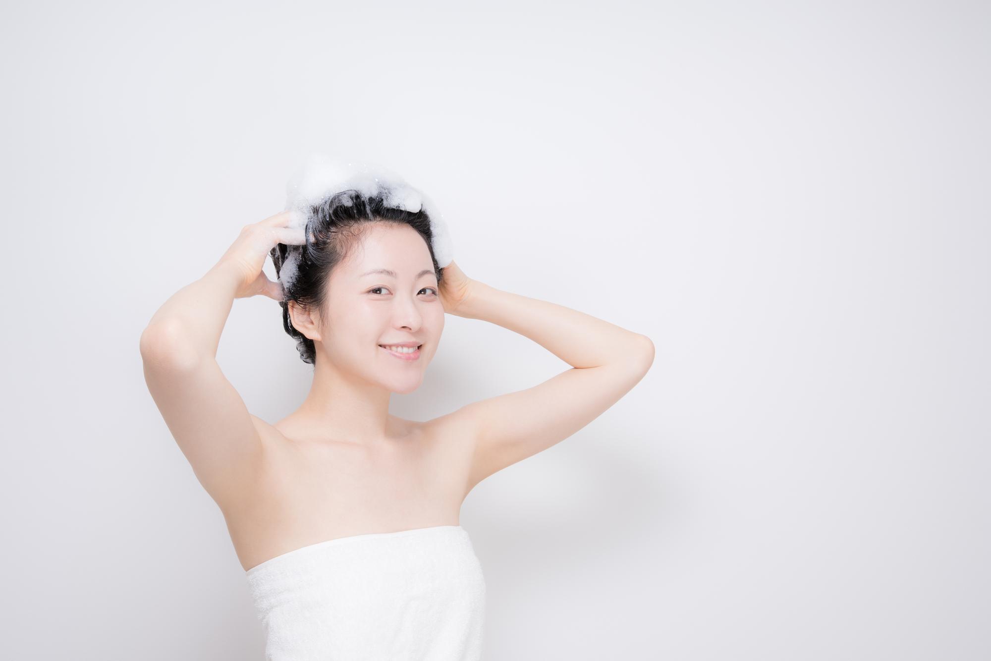 円形脱毛症の女性にオススメのシャンプーは?選ぶ際のポイントあり